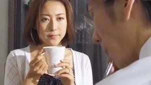 《松下紗栄子/美人妻NTR中出しレイプ》巨乳美女は隣人の男に窓から入られ寝取られ!