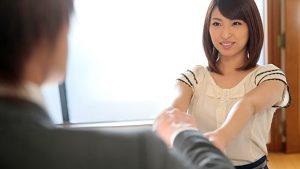 《秋山祥子/人妻NTRレイプ》夫の上司に自宅で犯され 夫以外のチンポに我を失った人妻