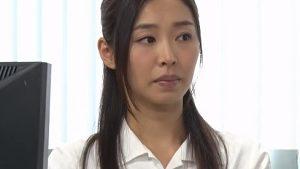 《夏目彩春/人妻NTR中出しレイプ》オフィスレディNTR!大口のクライアントの社長に犯され