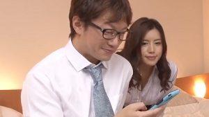 《永井マリア/逆レイプ中出し》出張先相部屋NTR!お気に入りの後輩を彼女から奪い取る