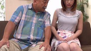 《美人妻NTR中出し・大浦真奈美》不妊の巨乳嫁に義父が子作り交尾を提案し寝取りまくり!
