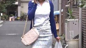 《S級美熟女NTR中出しレイプ・松下紗栄子》買い物帰りの巨乳美人妻を拉致監禁輪姦寝取り!